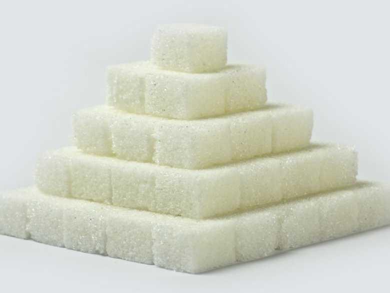 Dodany cukier w soku owocowym – TO MIT!