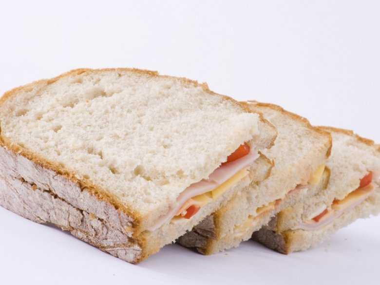 Jedzenie  chleba może szkodzić zdrowiu