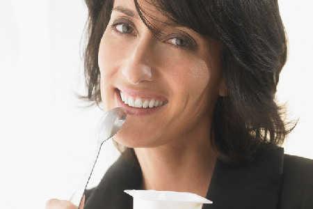Coraz więcej dowodów na korzystne działanie jogurtów