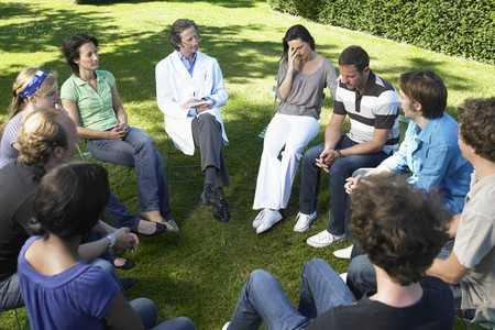 Uciążliwa fobia społeczna - objawy, diagnoza, leczenie