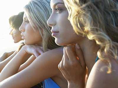 PRZEDŁUŻONA EKSPOZYCJA W TERAPII PTSD Emocjonalne przetwarzanie traumatycznych doświadczeń. Podręcznik terapeuty