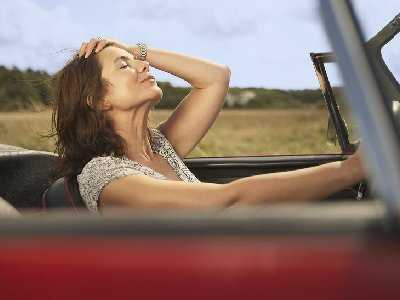 """Z cyklu """"Kobieta za kółkiem""""- bezpieczeństwo w ruchu drogowym"""