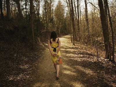 Spacer w parku korzystny dla osób z depresją