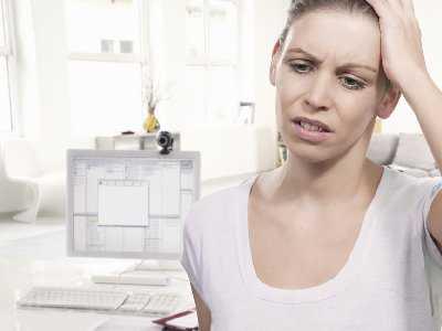 Niezadowalająca jakość snu kobiet z zespołem napięcia przedmiesiączkowego.