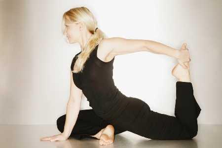 Bóle dolnej części kręgosłupa – skąd się bierze lęk przed wykonywaniem ruchów ?
