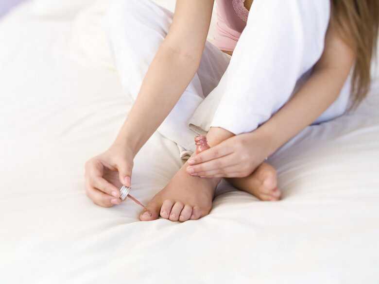Malowanie paznokci u stóp