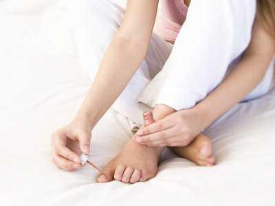 Alergia na lakiery do paznokci