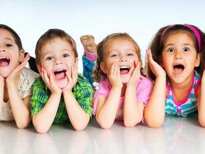 Czy stosowanie kwasu foliowego zwiększa szanse urodzenia bliźniaków?
