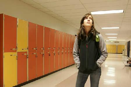 Zwiększona aktywność mózgu u zaniepokojonych dziewcząt