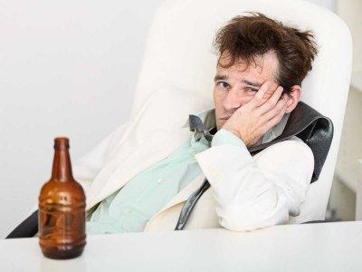 Nadużywanie alkoholu a problemy żołądkowe