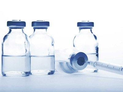Dlaczego przerwano badania kliniczne najbardziej obiecującej szczepionki przeciw COVID-19?