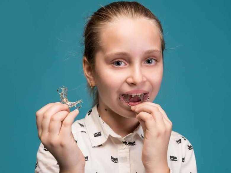 Aparat ortodontyczny zakładany na noc