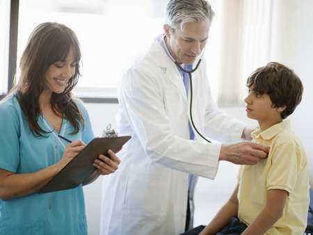Drgawki gorączkowe - objawy, diagnoza, leczenie