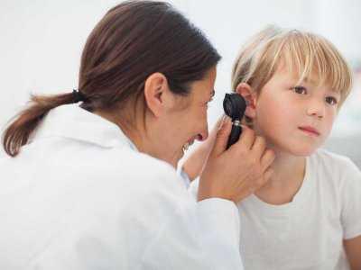 Zatkane ucho u dziecka