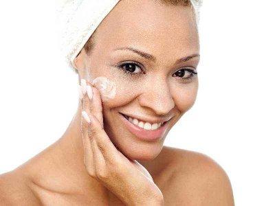 Co powinna zawierać zimowa kosmetyczka?