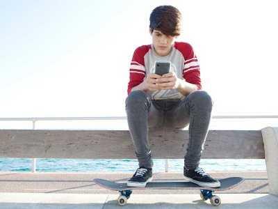Nomofobia, czyli myśl o utracie telefonu coraz większym zagrożeniem wśród młodych ludzi