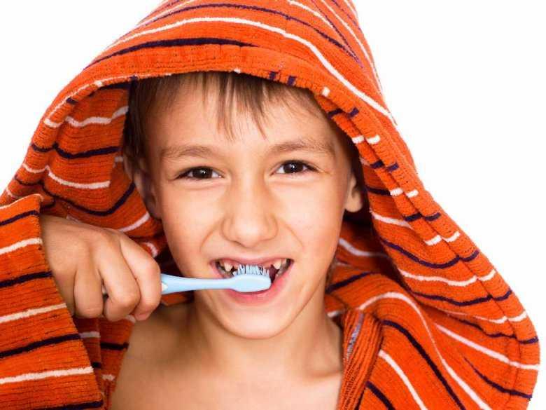 Czy należy dbać o zęby mleczne?