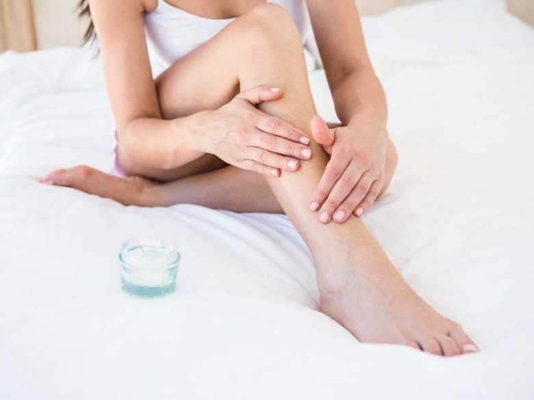 Depilacja nóg, usuwanie owłosienia na nogach