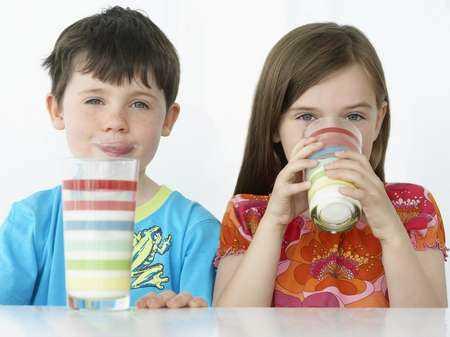 Wzrastające spożycie kalorii pochodzących z soków i napojów gazowanych jako zagrożenie dla dzieci