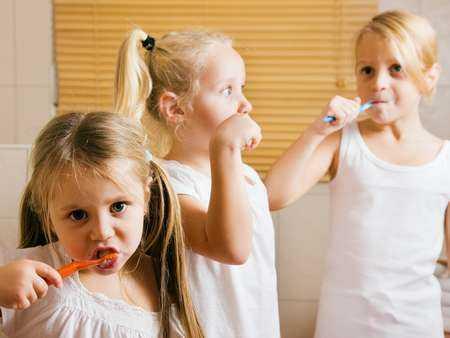 Jak dbać o zdrowie zębów u najmłodszych?