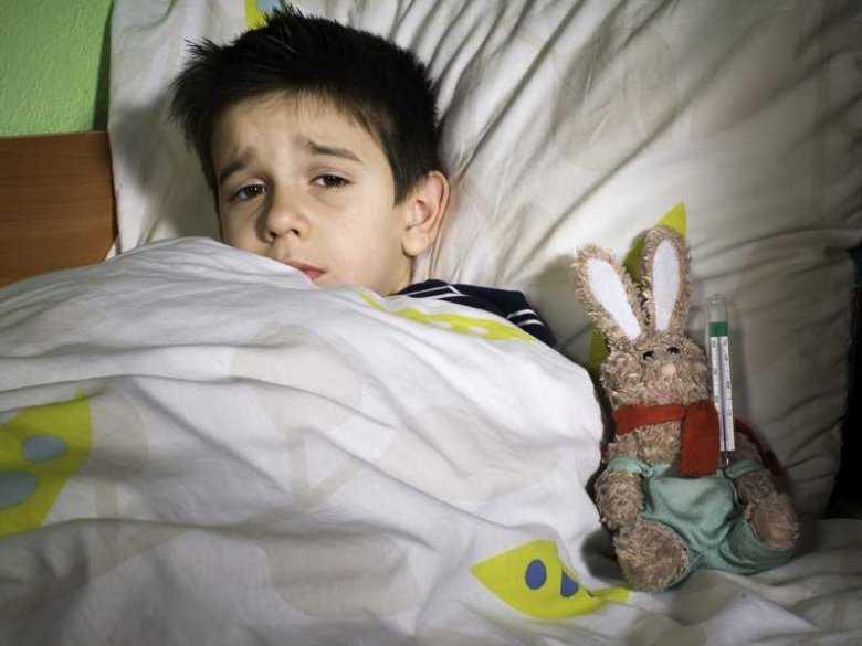 Dziecko borykające się z grypą