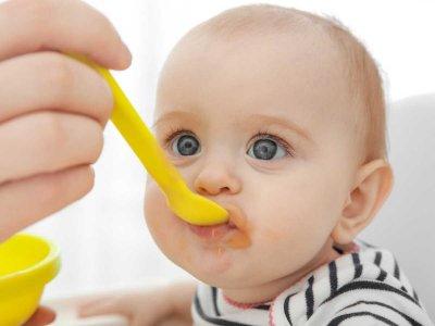 Czkawka u niemowlaka: jak ją zatrzymać?