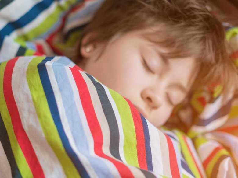 Oglądanie telewizji wpływa niekorzystnie na sen dziecka
