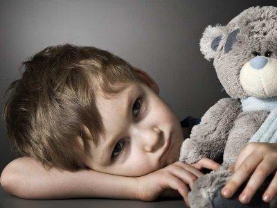 Dziecięca depresja ma wpływ na rozwój szarych komórek!