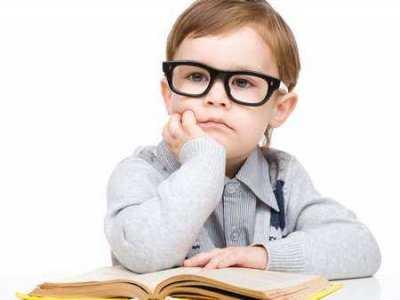 Kiedy iść z dzieckiem do okulisty?