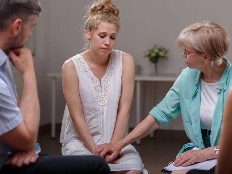 Porównanie skuteczności terapii przy udziale rodziny i terapii indywidualnej w leczeniu bulimi