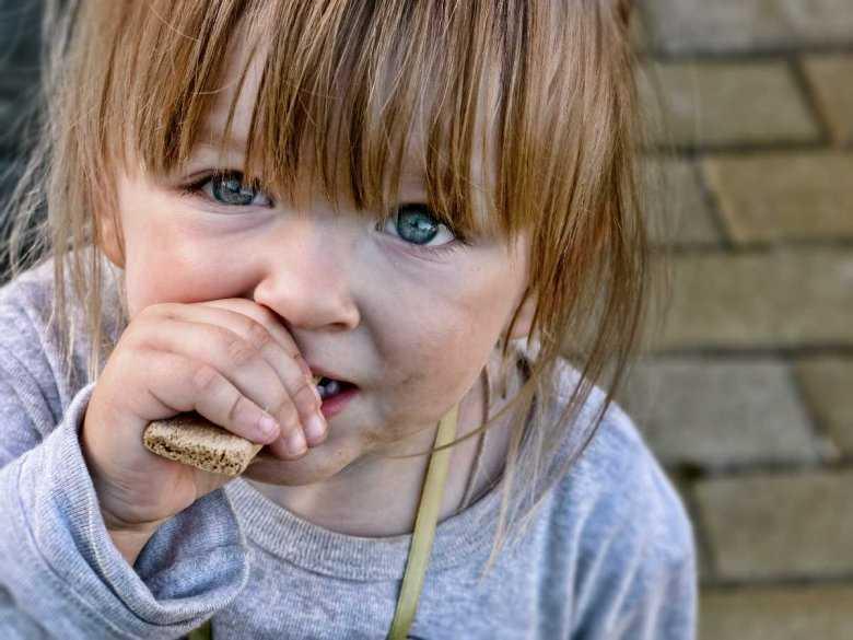 Problemy z wagą w dzieciństwie – przyczyny i konsekwencje