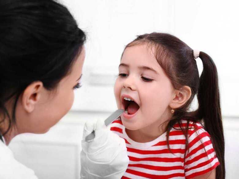 Ból gardła czy angina? - czyli kiedy wybrać się z dzieckiem do lekarza