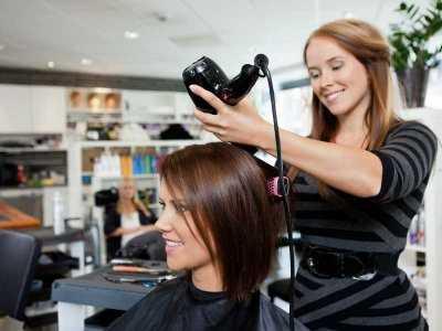 Wpływ farbowania na włosy