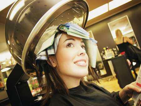 Skutki prostowania włosów żelazkiem o zbyt wysokiej temperaturze