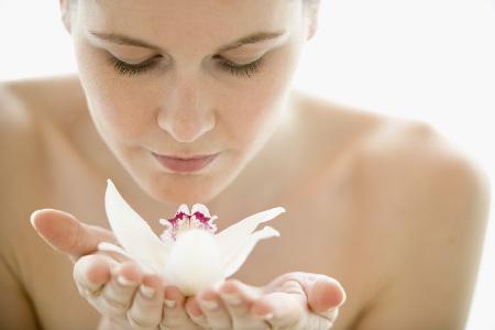 Percepcja zapachów w czasie wczesnej ciąży: brak dowodów na mechanizm adaptacyjny.