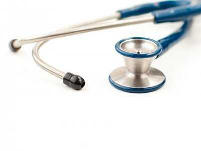 Polscy lekarze nie szczepią się regularnie przeciw grypie