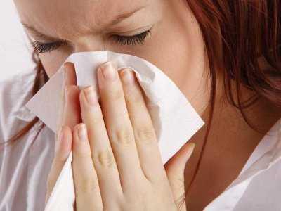 Przeziębienie a zapalenie zatok: jak można je rozróżniać?