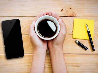 Picie kawy chroni skórę przed fotostarzeniem
