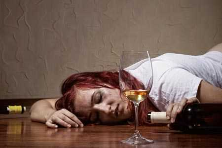 Komunikat w sprawie zakazu picia alkoholu przez kobiety w ciąży.