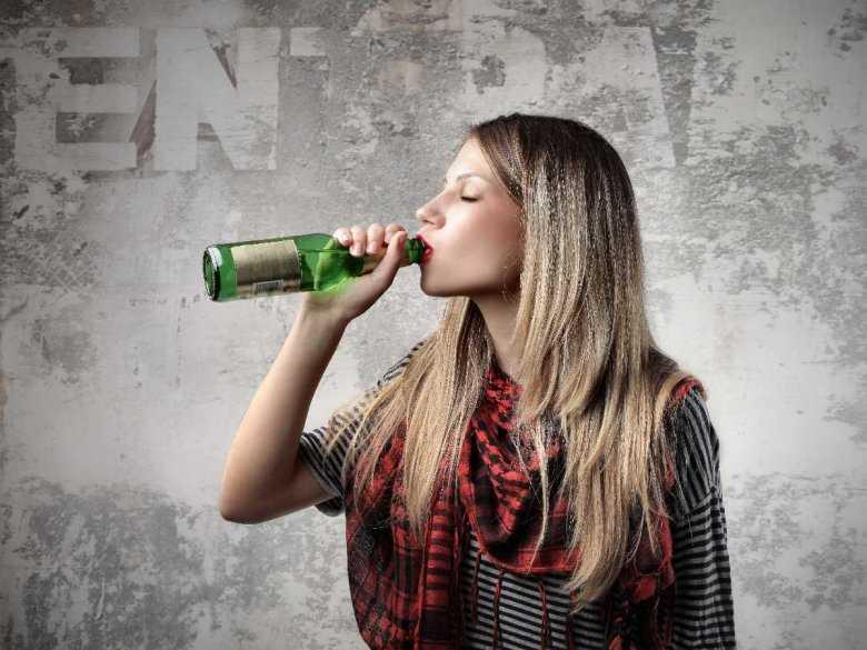 Wiek rozpoczęcia picia a podatność na uzależnienie od alkoholu