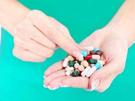 Wpływ leków antydepresyjnych stosowanych w trzecim trymestrze ciąży na stan urodzonych noworodków.