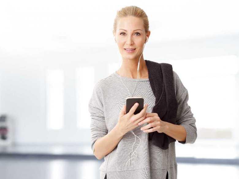 Wyprysk alergiczny twarzy związany z uczuleniem na nikiel - uwaga na telefony komórkowe!