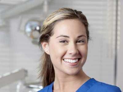 Zjawisko transiluminacji w diagnozowaniu ubytków zębowych