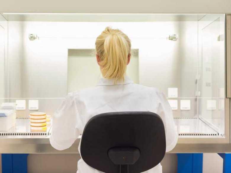 Zmarnowane talenty kobiet-naukowców