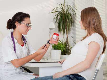 Ciąża u kobiety chorej na cukrzycę - wpływ ciąży na cukrzycę, powikłania ciąży.