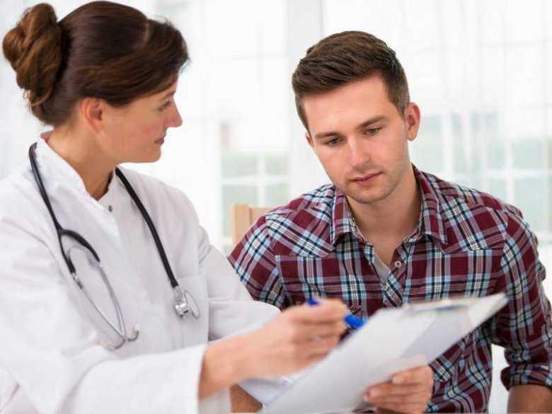 Omówienie diagnozy przez lekarza pacjentowi