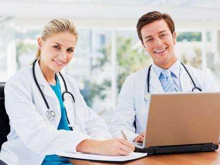 Czy płeć lekarza jest czynnikiem decydującym przy wyborze metody leczenia mięśniaków?