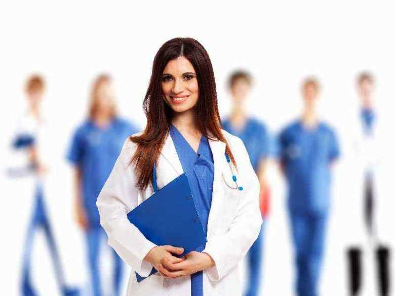 Opieka położnicza nad rodzącą na sali porodowej - wywiad z dr n. med. Ireną Caus-Wozniak.