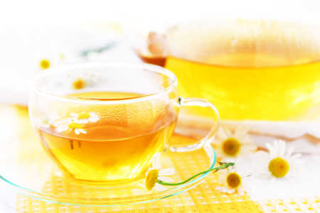 Zielona herbata lekiem na reumatoidalne zapalenie stawów?