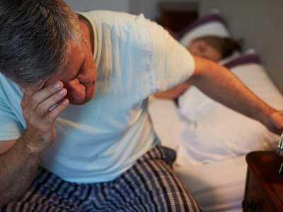 Jakie mogą być przyczyny odczuwania lęku po przebudzeniu?